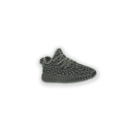 yeezy-black-poppin-pins